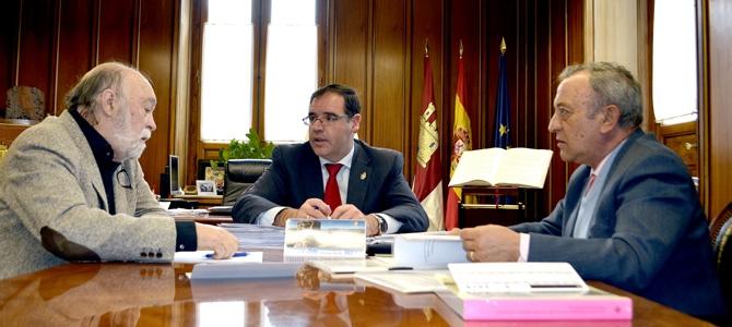 Diputación estudia apoyo a Simposio Huete